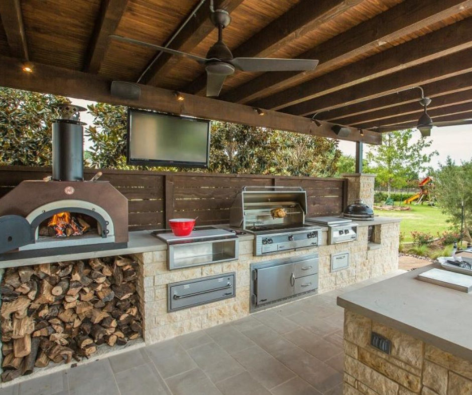 Summer kitchen. A necessity or a fad?