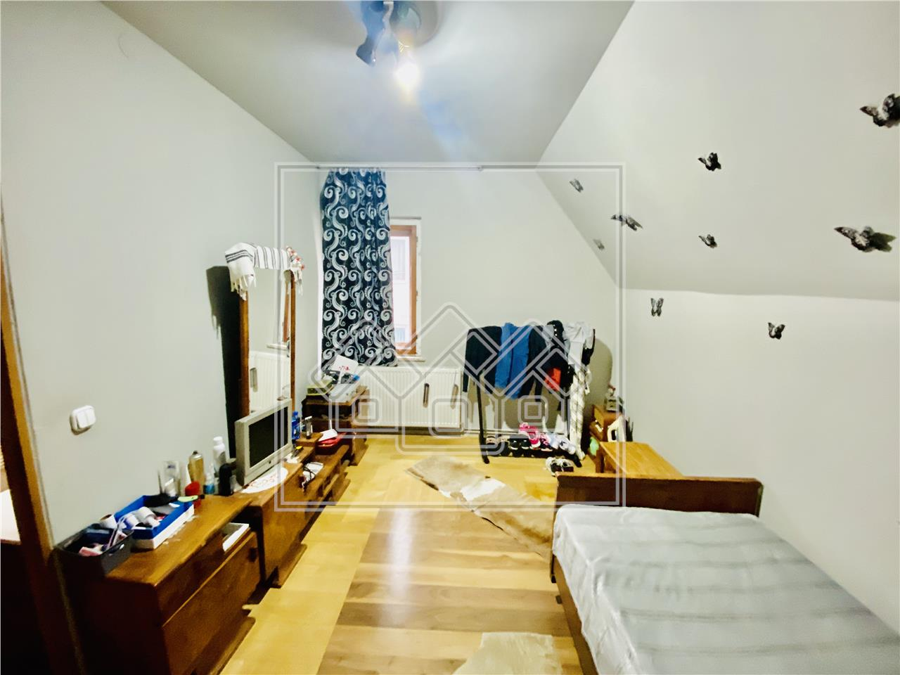 Apartament de vanzare in Sibiu - Cisnadie - 2 camere la casa