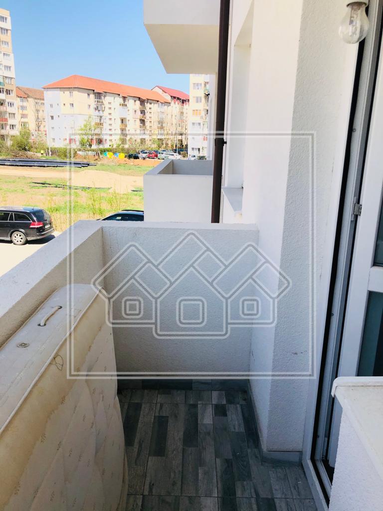 Apartament 3 camere de vanzare in Sibiu - zona Ciresica - etaj 1