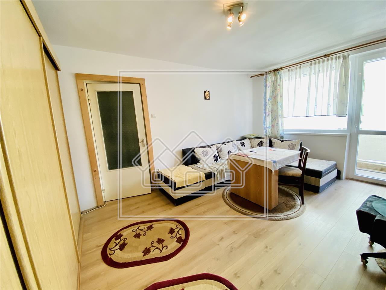 Apartament de vanzare in Sibiu - 2 camere si balcon - Zona M. Viteazu
