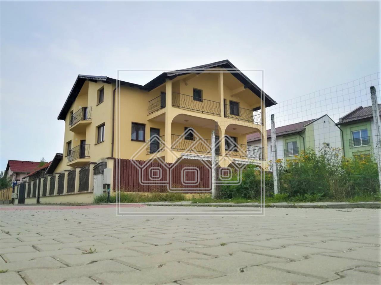 Casa de inchiriat in Selimbar - individuala - mobilata de lux
