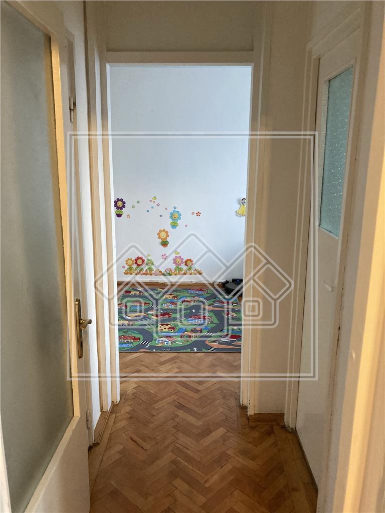 Apartament de vanzare in Sibiu - 2 camere si balcon - Zona M. Viteazul