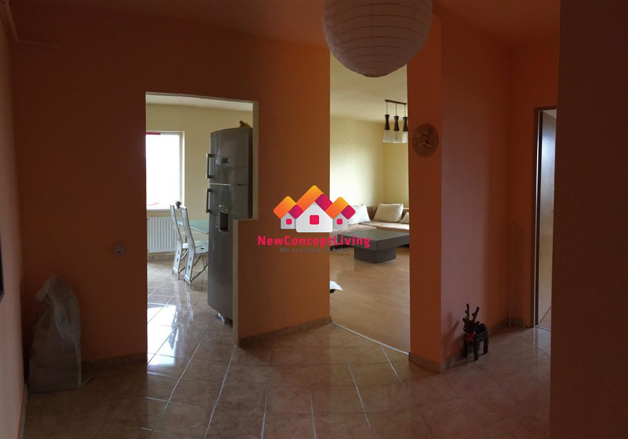 Apartament de vanzare in Sibiu 2 camere, mobilat si utiat