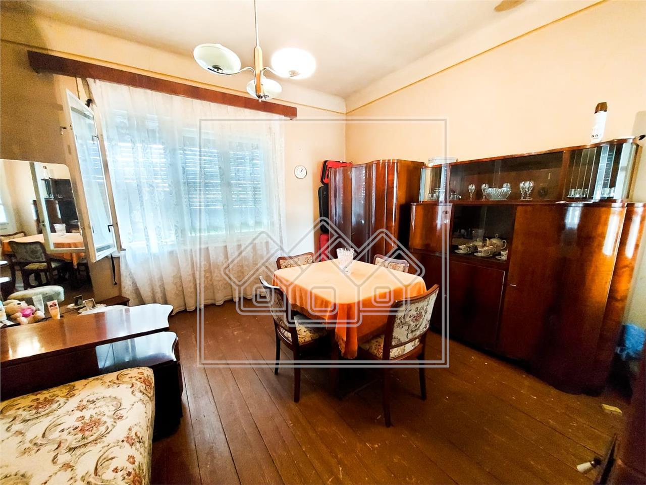 Haus kaufen in Sibiu - Grundst?ck 606 qm - Lazaret