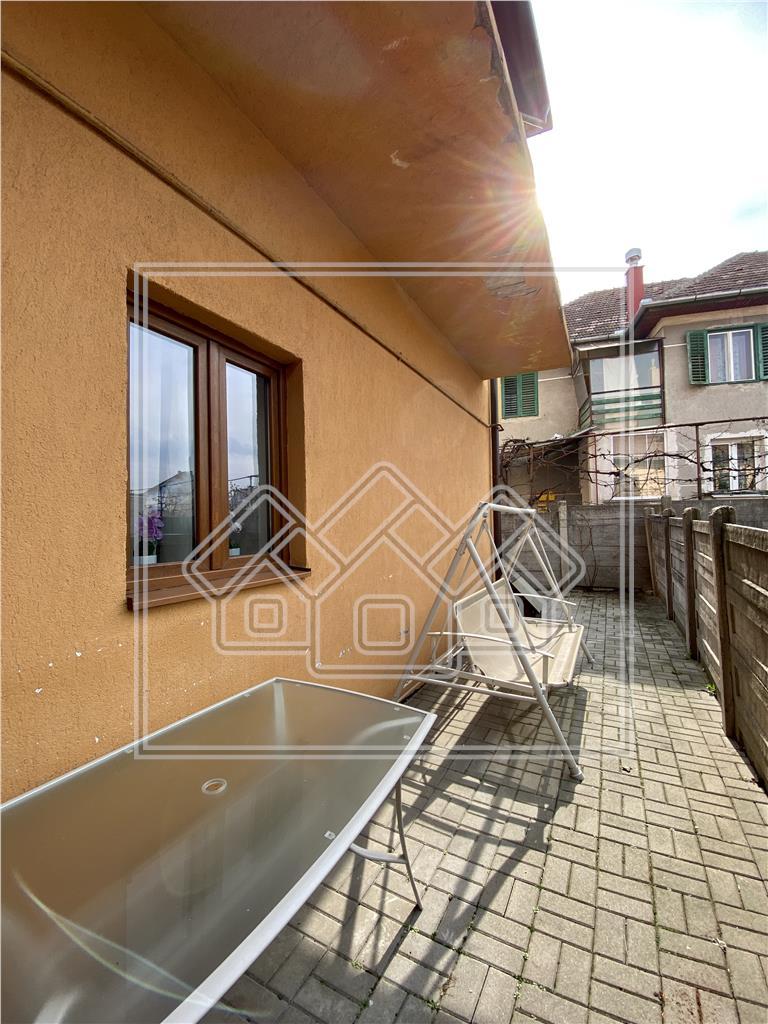 Apartament 5 camere de inchiriat in Sibiu - Calea Dumbravii - curte