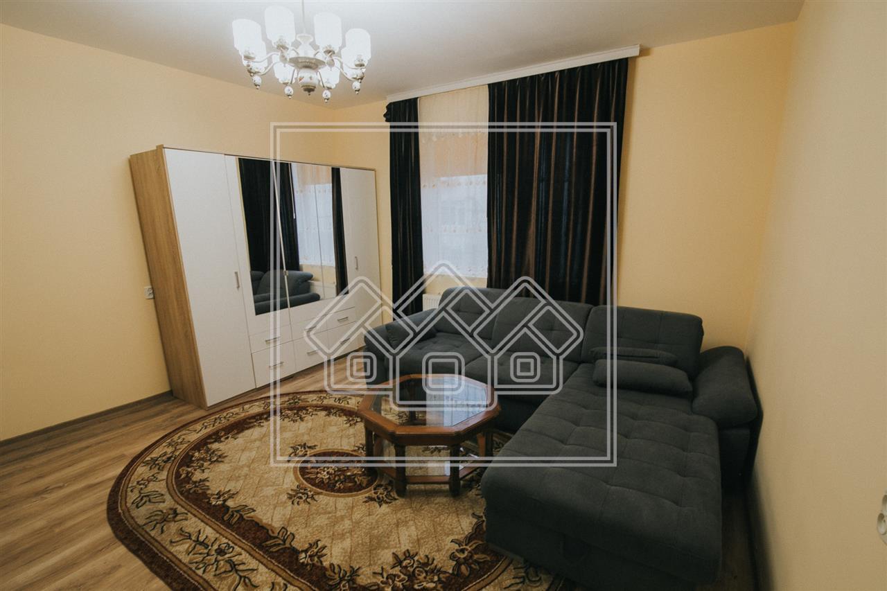 Apartament de inchiriat in Sibiu - la casa - curte - Calea Dumbravii
