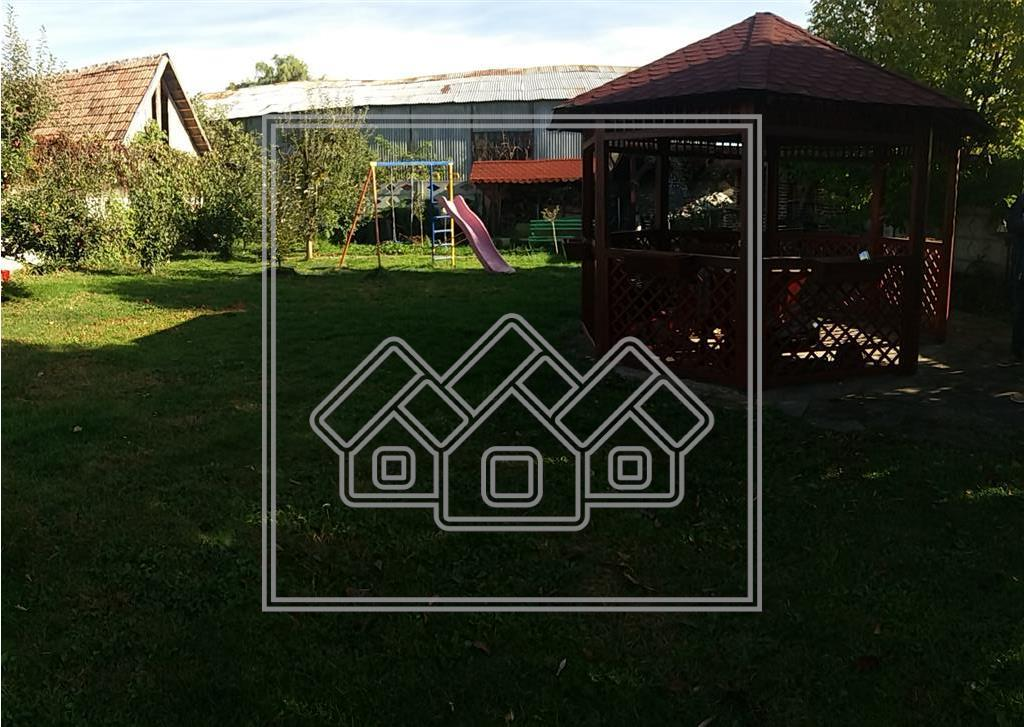 Casa de vanzare in Sibiu-individuala-dotari de lux