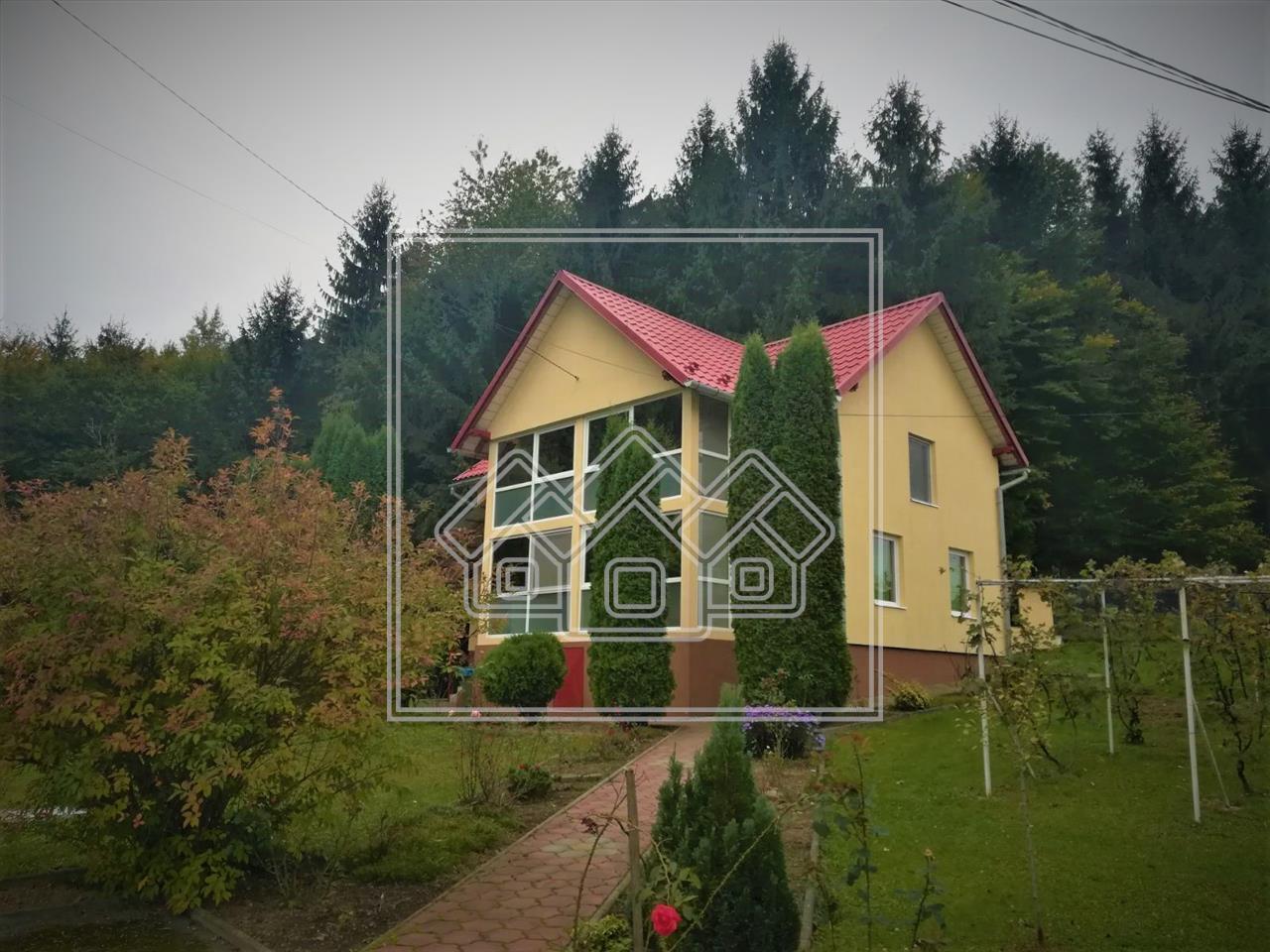 Casa de vanzare in Sibiu, zona Tocile - 2000 mp teren