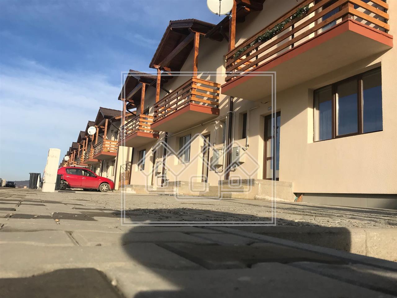 Casa de vanzare in Sibiu tip triplex + gradina spatioasa la alb