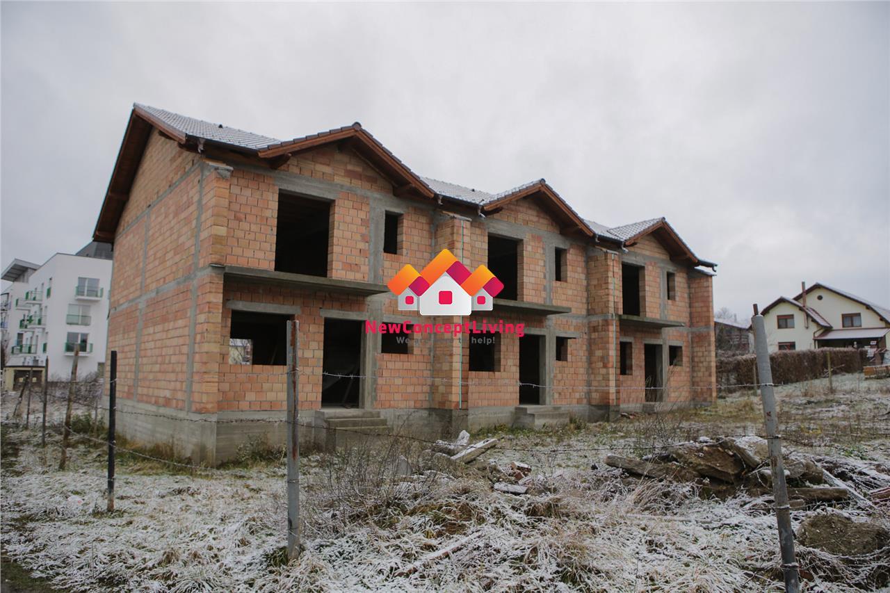 Casa de vanzare in Sibiu tip Triplex la Rosu sau Gri plus teren