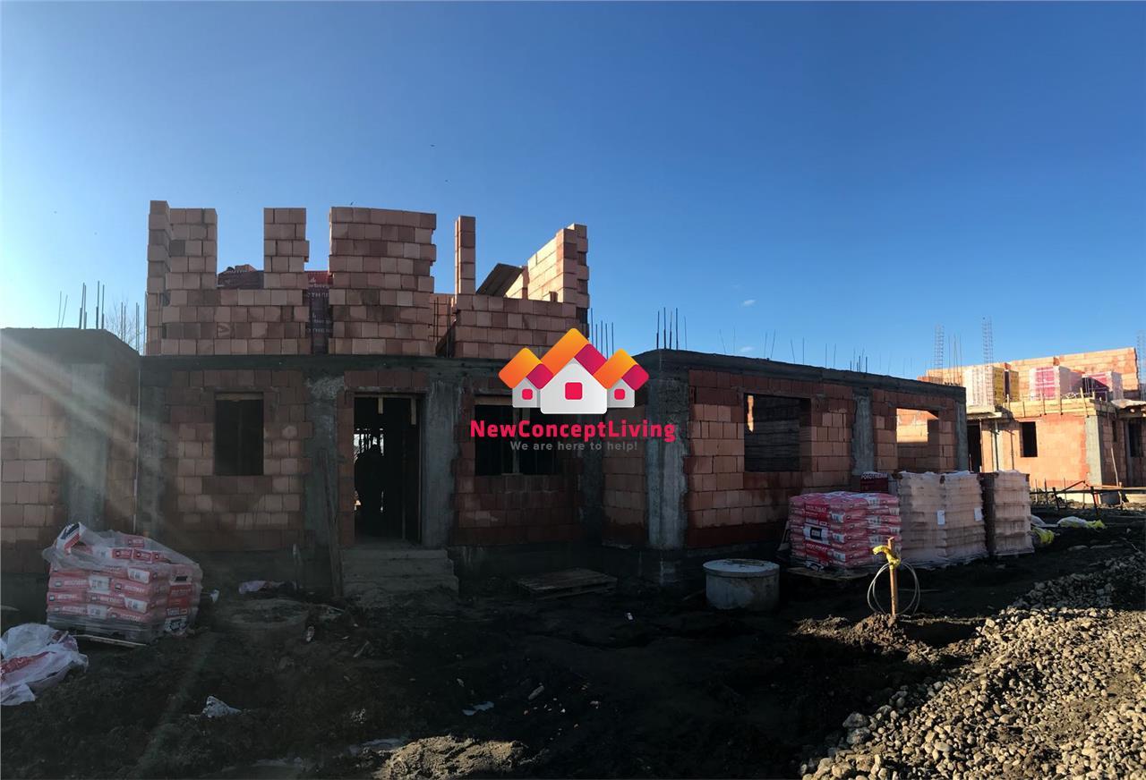 Casa tip Triplex de vanzare in Sibiu + Pod 40 mp si Gradina