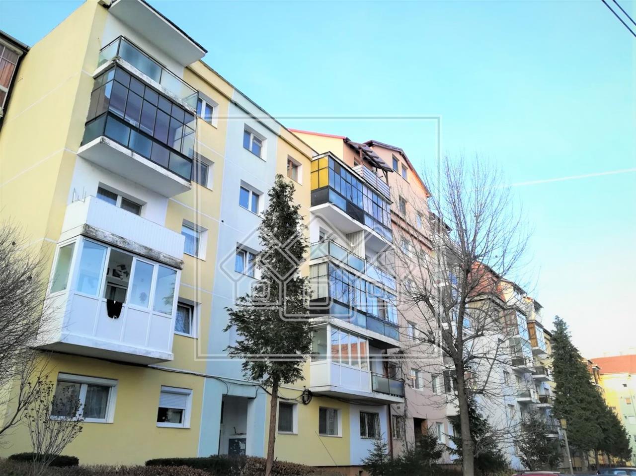 Apartament de vanzare in Sibiu, cu 4 camere - zona Piata Rahovei