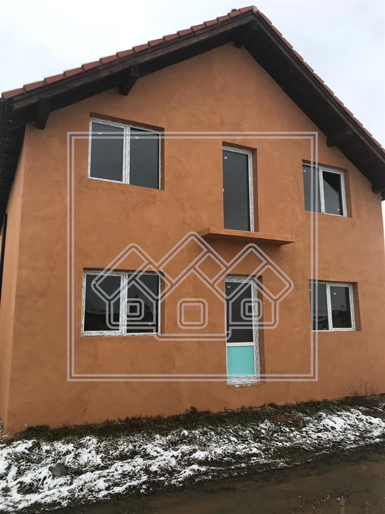 Casa Single de Vanzare in Sibiu + Gradina de 300 MP