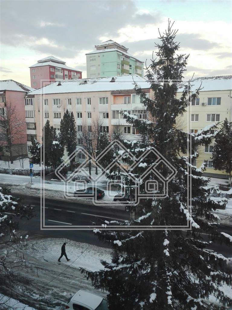 Apartament de vanzare in Sibiu 2 camere, mobilat ,zona Rahova
