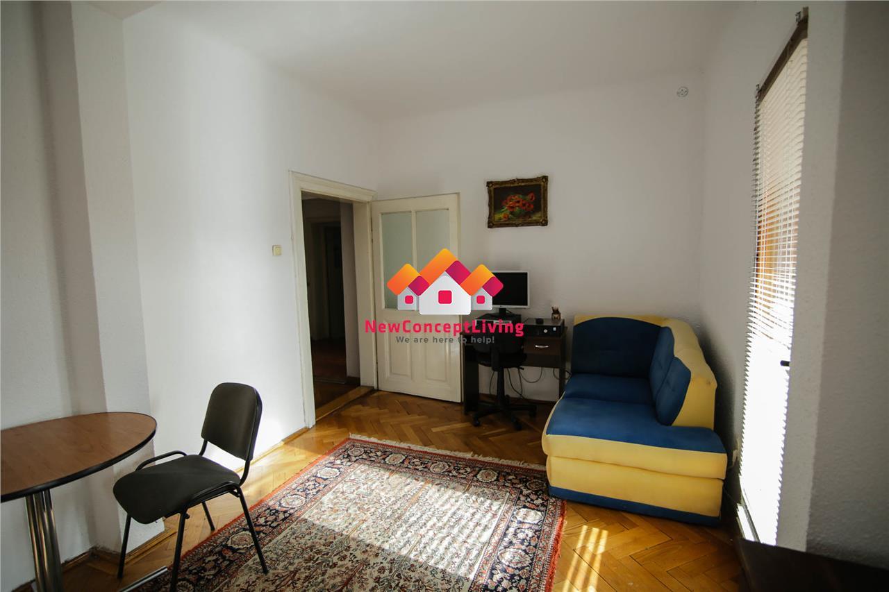 Casa de vanzare in Sibiu - zona Calea Dumbravii - teren 1000mp