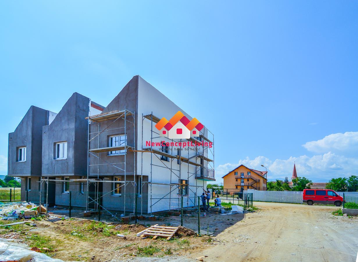 Casa de vanzare in Sibiu - 3 camere- gradina proprie