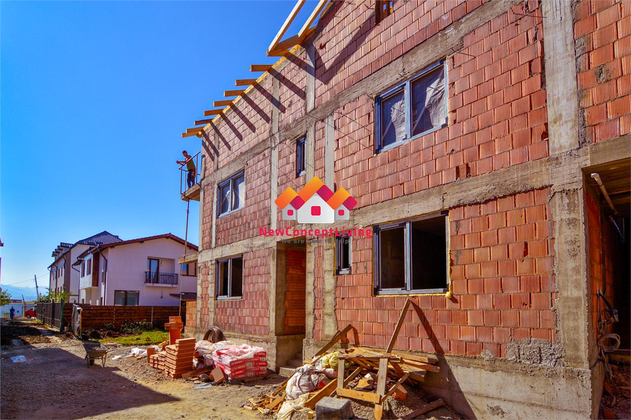 Apartament 3 camere de vanzare in Sibiu cu Loc de parcare si Balcon
