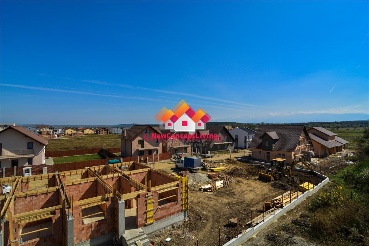 Casa de vanzare in Sibiu - 4 Camere - gradina spatioasa