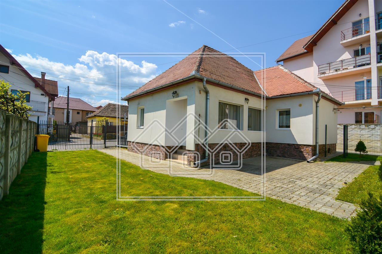 Casa de vanzare in Sibiu, 2 camere, mobilata si utilata modern