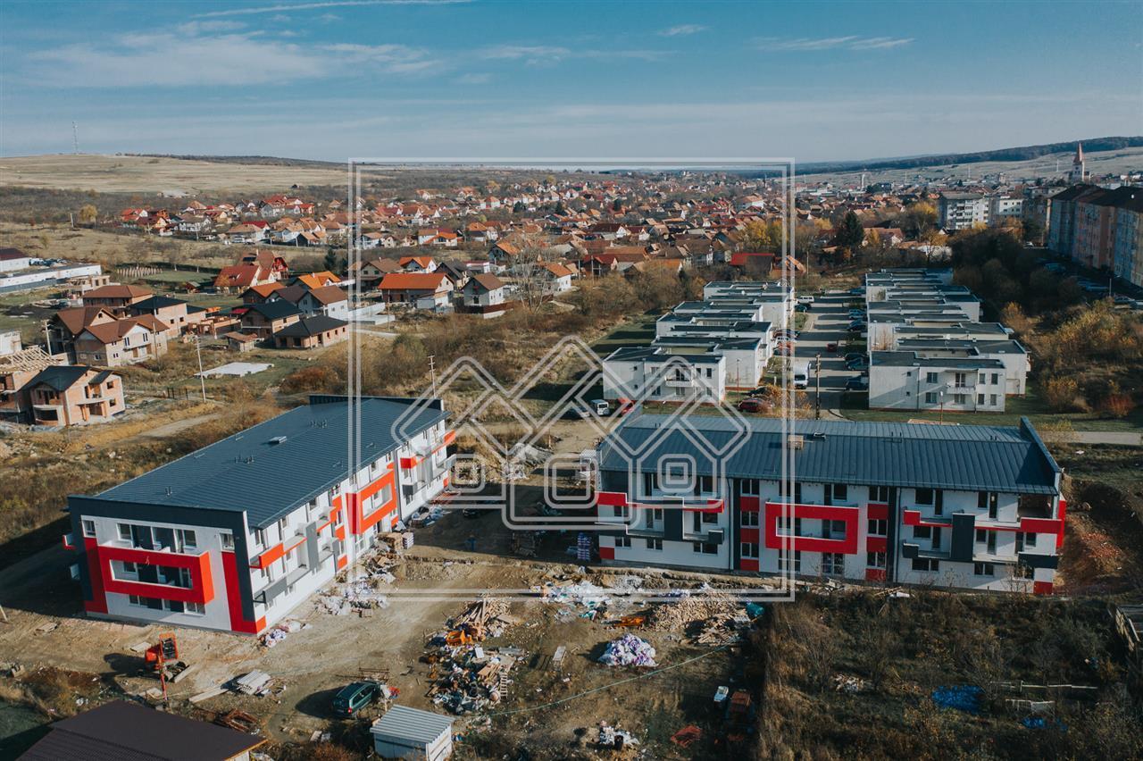 Apartament de vanzare in Sibiu (Cisnadie)-3 camere, bucătărie separată