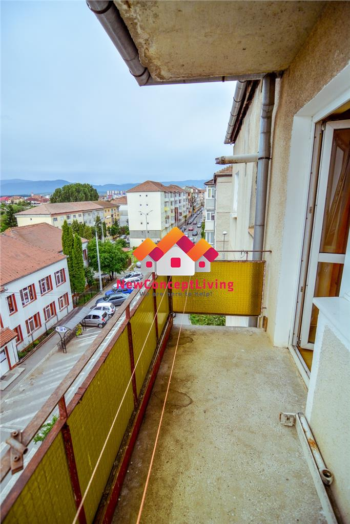 Apartament 3 camere de vanzare in Sibiu - Vasile Aaron