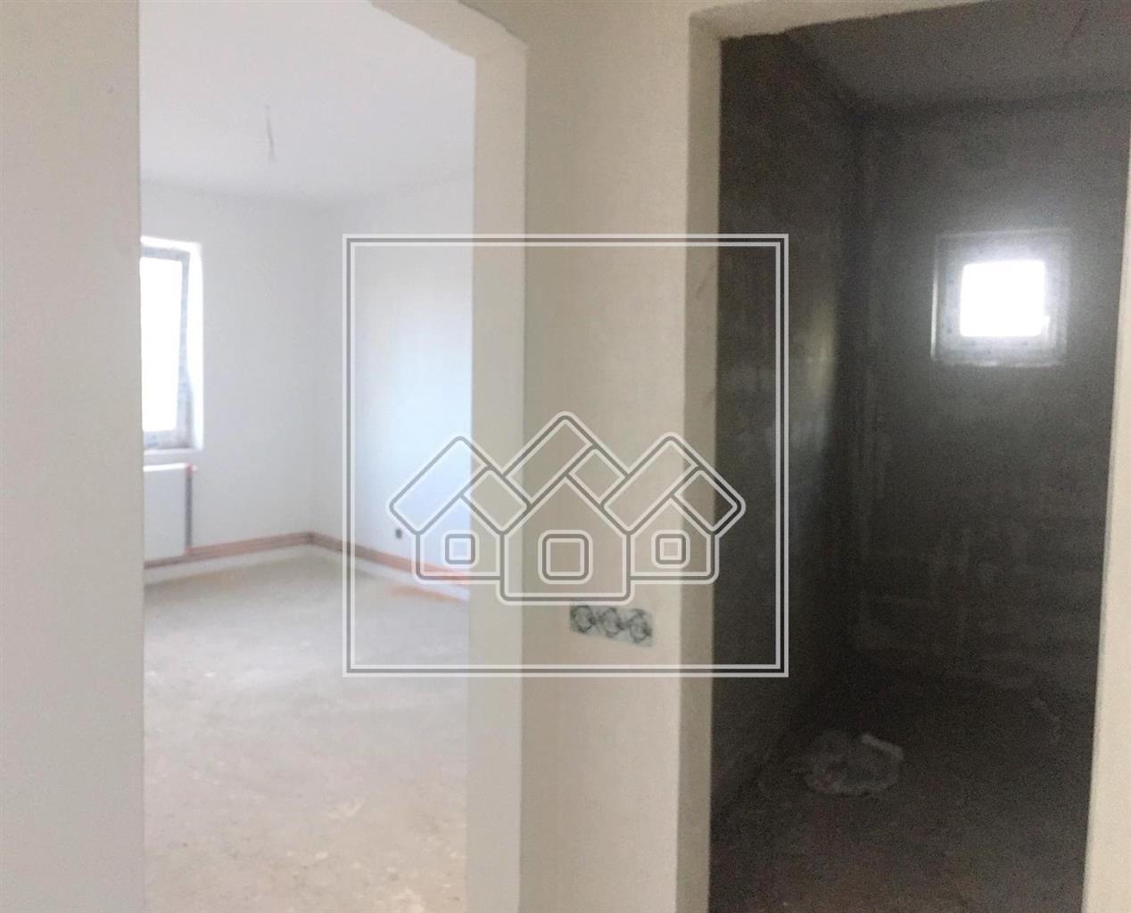 Wohnung 3 Zimmer in Sibiu - La CHEIE Intabulat - Floor 1 2 Balkone