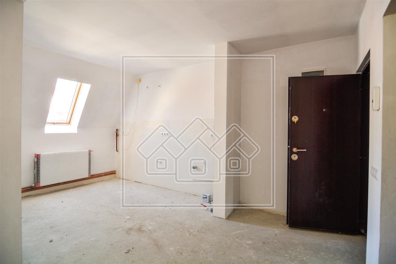 Apartament 3 camere in Sibiu + POD si 2 Balcoane - INTABULAT