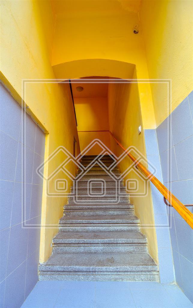 Apartament de vanzare in Sibiu - pivnita si garaj -zona ULTRACENTRALA