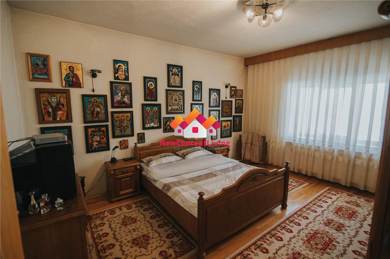 Casa individuala de vanzare in Sibiu - zona Piata Cluj - deosebita