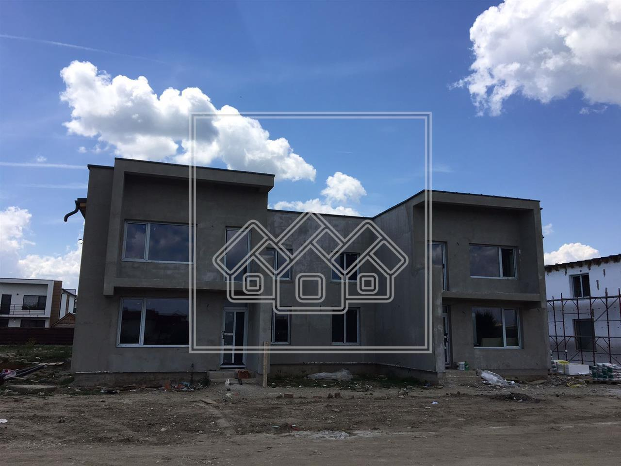 Casa de vanzare in Sibiu + gradina spatioasa 310mp frumos amenajata