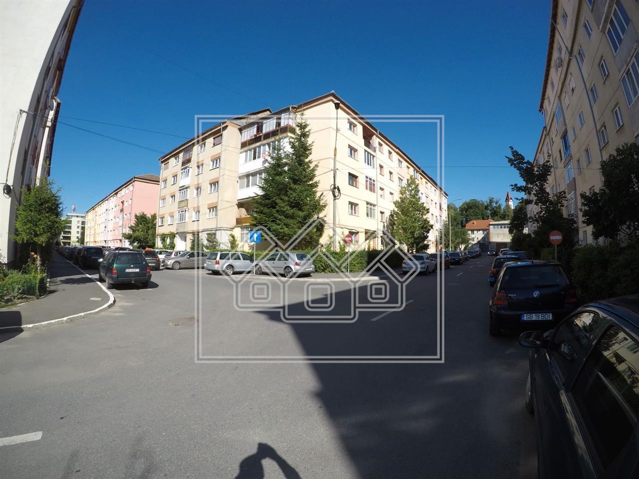 Apartament de vanzare in Sibiu - 2 camere decomandate