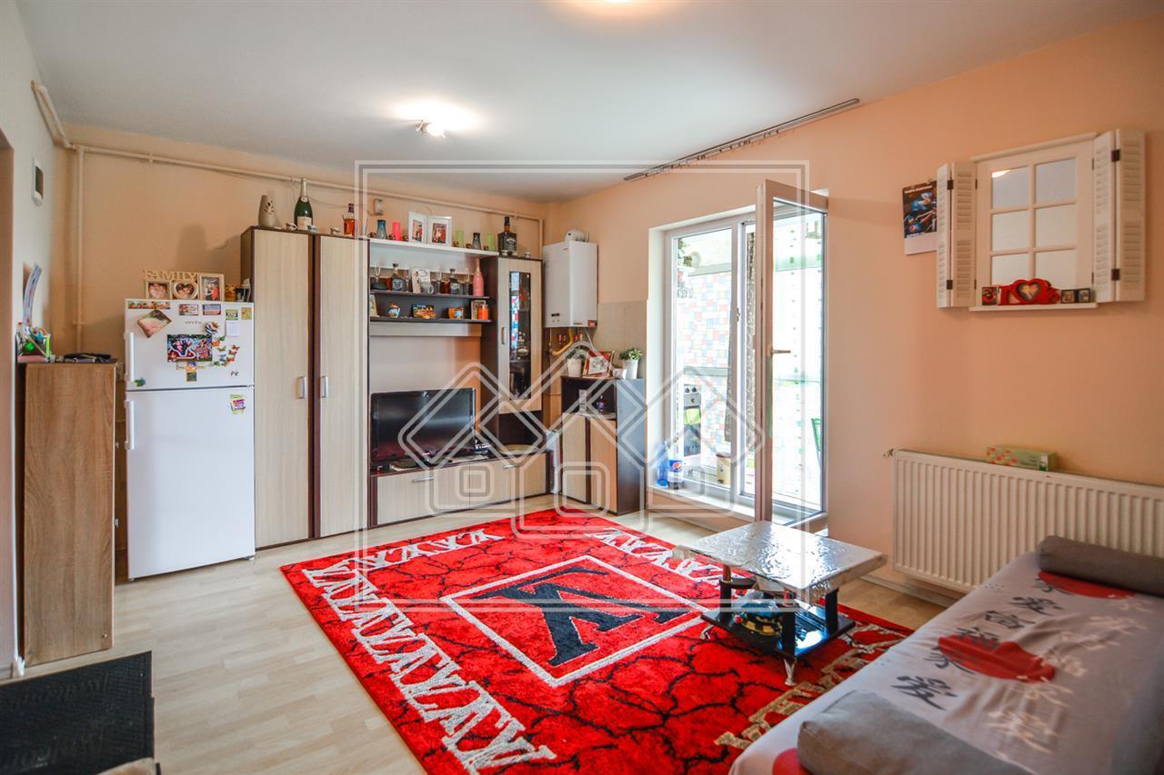 Apartament 2 camere- Mobilat si utilat