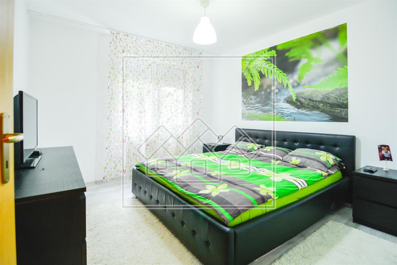 Apartament de vanzare in Sibiu, zona Ciresica, mobilat si utilat