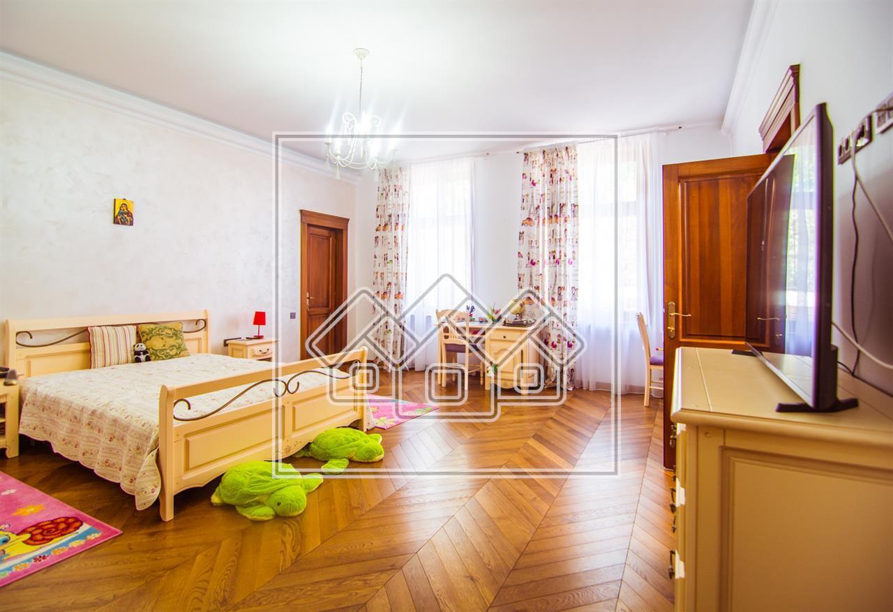 Wohnung zum Verkauf in Sibiu -7 Zimmer-Ideal für Hotel Regime