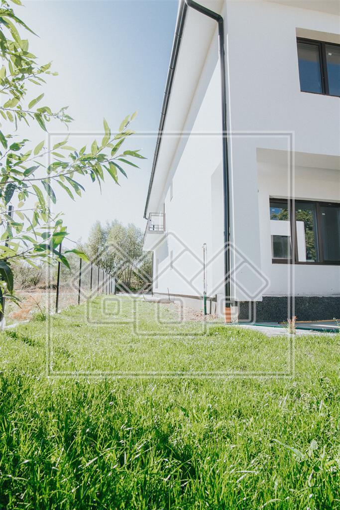 Casa de vanzare in Sibiu - imobil nou - 4 camere - Selimbar