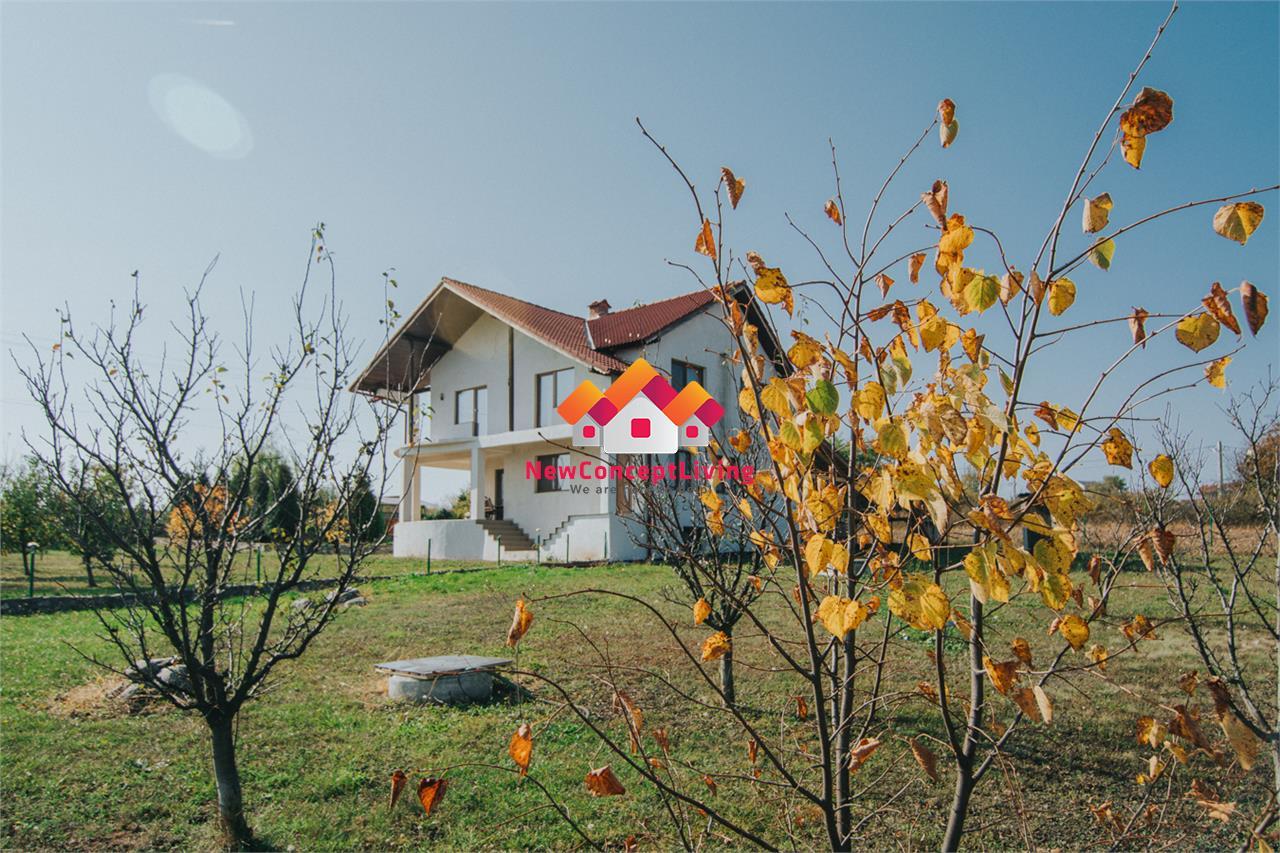 Casa de vanzare in Sibiu - Curte de 2000 mp - Pivnita si Garaj