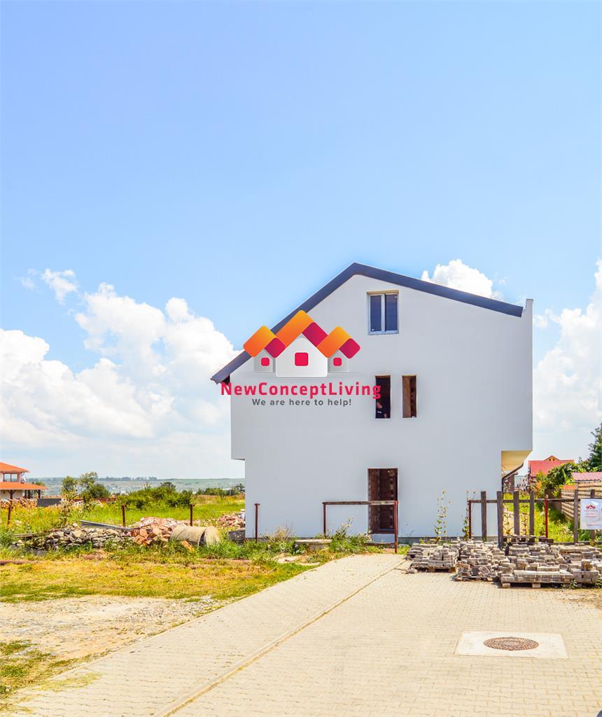 Casa de vanzare în Sibiu - 4 camere - dublu acces