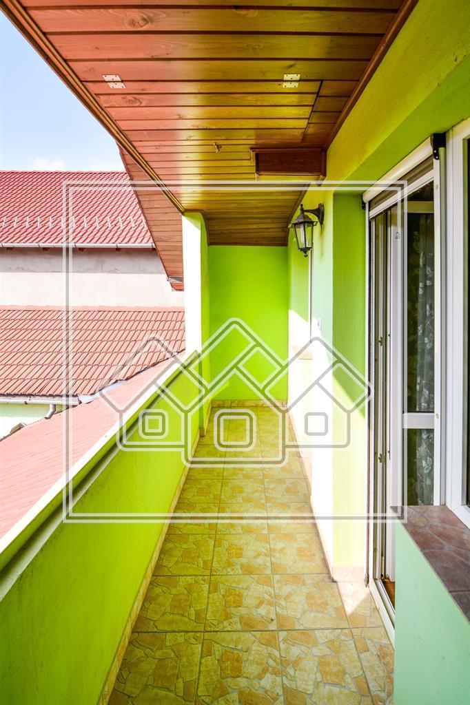 Casa de vanzare in Sibiu, individuala, la cheie, curte mare