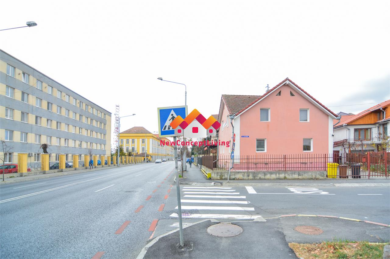Casa de vanzare in Sibiu cu 6 camere + teren 227mp