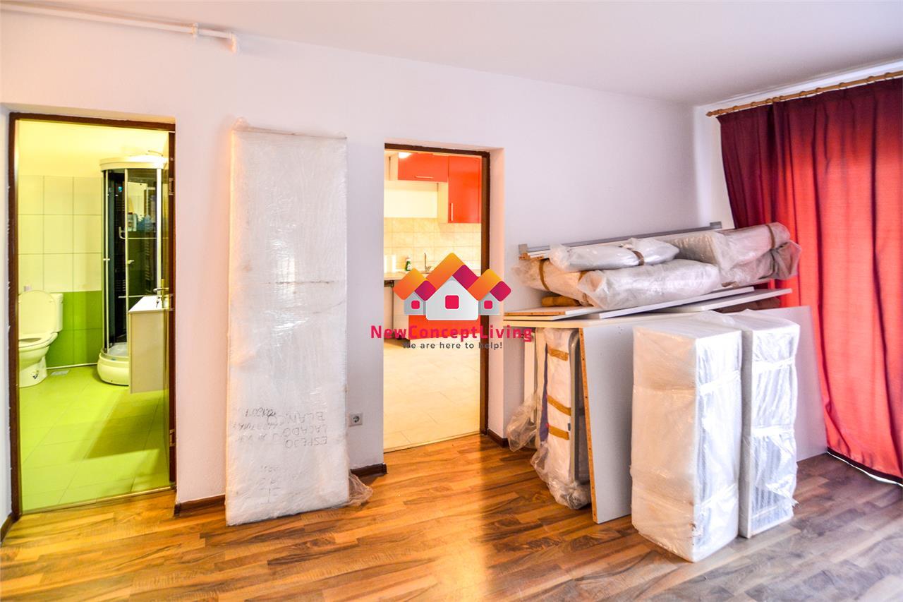 Apartament 3 camere decomandat de vanzare in Sibiu - mobilat