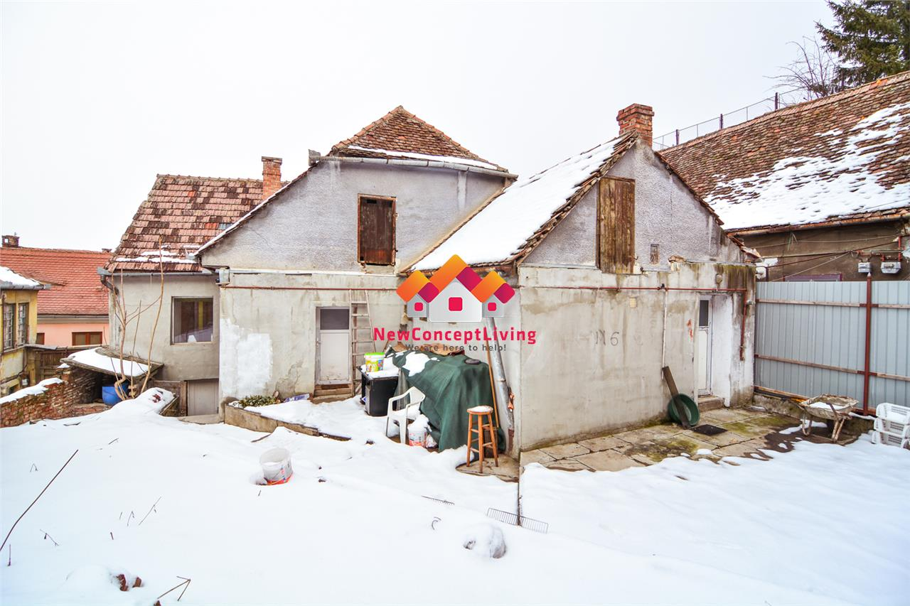 Casa de inchiriat in Sibiu - curte individuala - zona ULTRACENTRALA