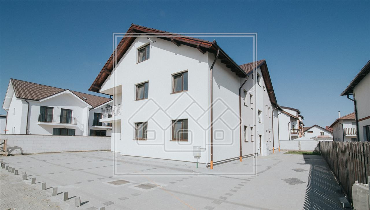Apartament de vanzare in Sibiu - 3 Camere - Curte 150 mp