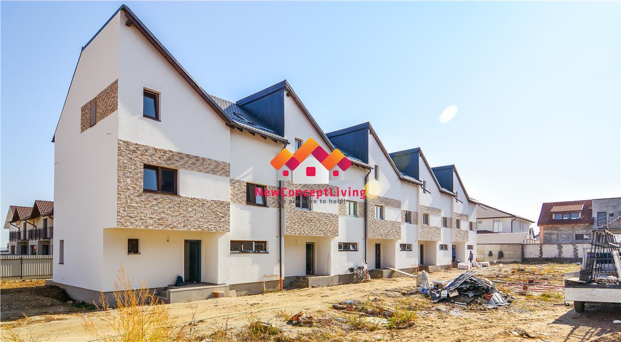 Casa de vanzare - 5 camere - ansamblu nou de case