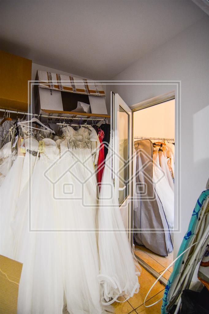 Spatiu comercial de inchiriat in Sibiu cu showroom- Sos. Alba Iulia