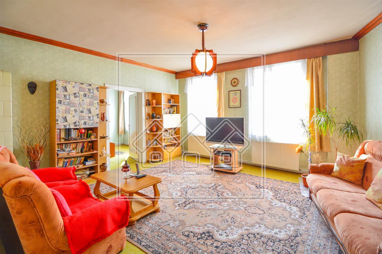 Apartament de vanzare in Sibiu - 2 Camere- Mobilat si Utilat - Central
