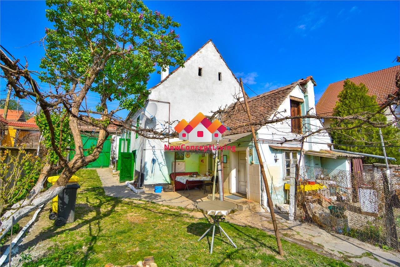 Casa de vanzare in Sibiu - Centrul Cristianului cu Teren de 3273 mp -