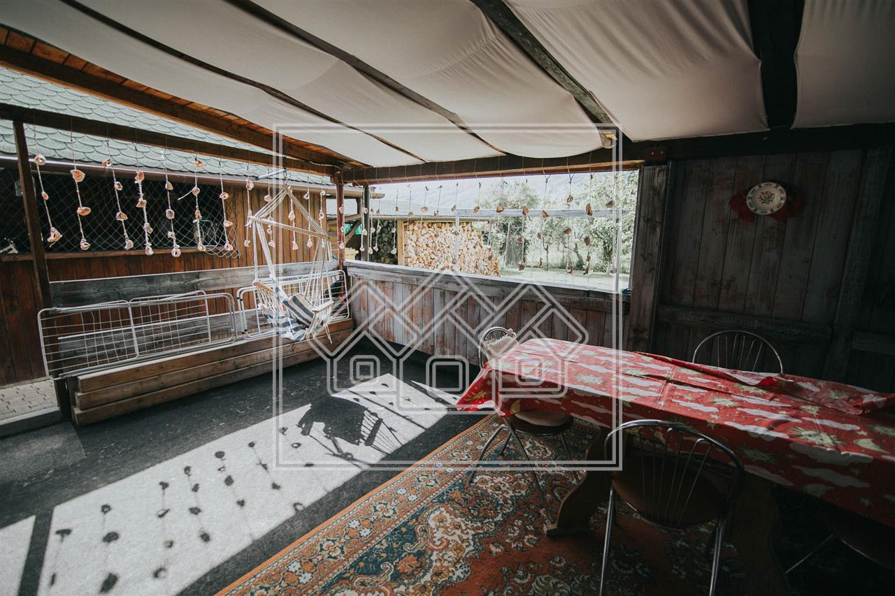 Casa de vanzare in Sibiu - Tocile - 8 camere - zona linistita