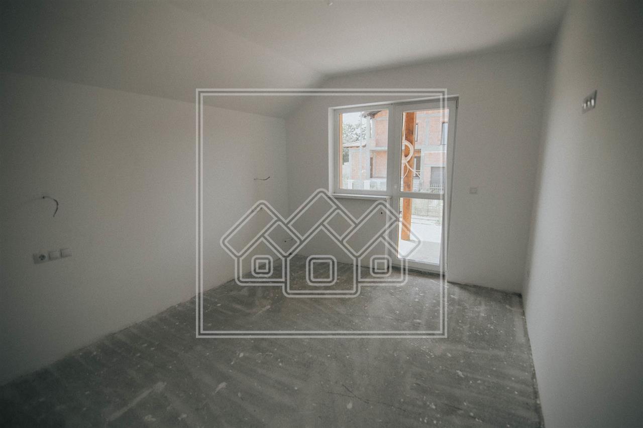Casa Duplex de vanzare in Sibiu - zona noua de case - Sura Mica