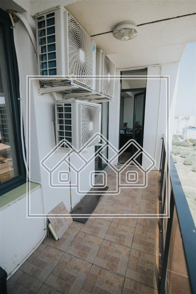 Apartament 3 camere de vanzare in Sibiu- Partial mobilat