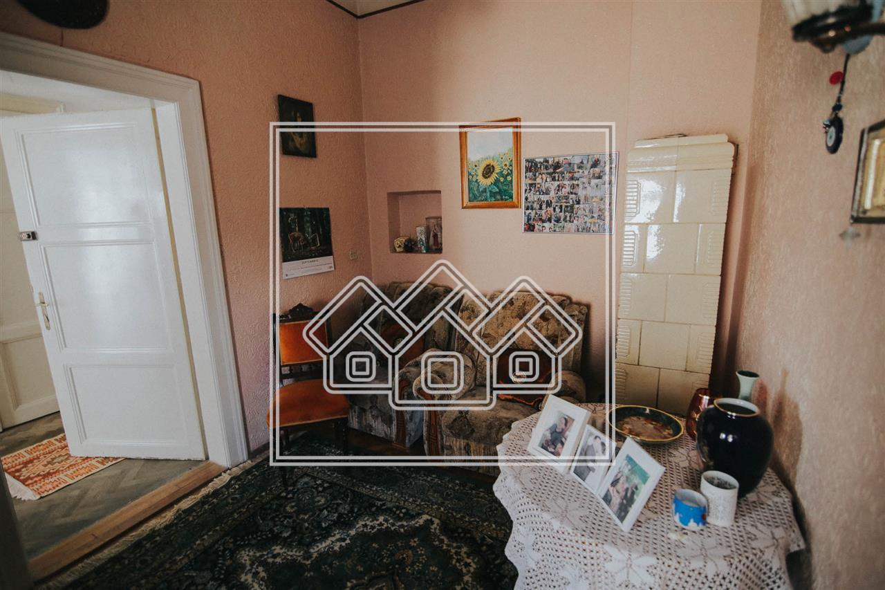 Casa de inchiriat in Sibiu - pretabil spatiu de birouri - zona Premium